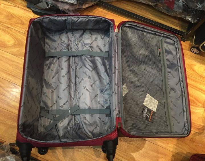 Hè rực rỡ với vali kéo BROTHERS giá chỉ từ 590 ngàn đồng 4