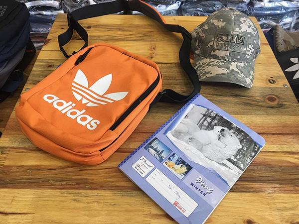 Túi đựng ipad Adidas Sling Bag