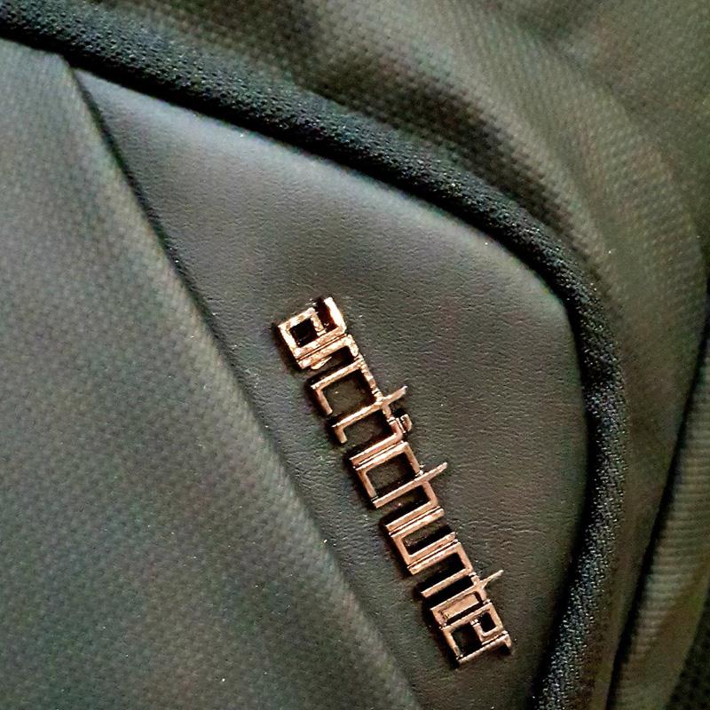 Balo đeo chéo ARCTIC HUNTER USB