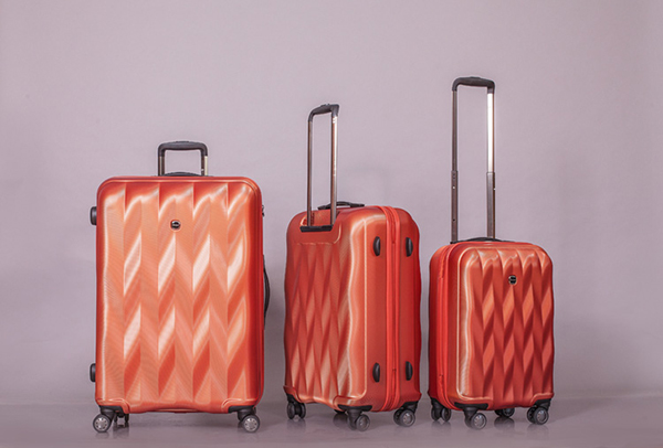 5 mẫu vali kéo thời thượng bạn nên sắm cho năm nay 8