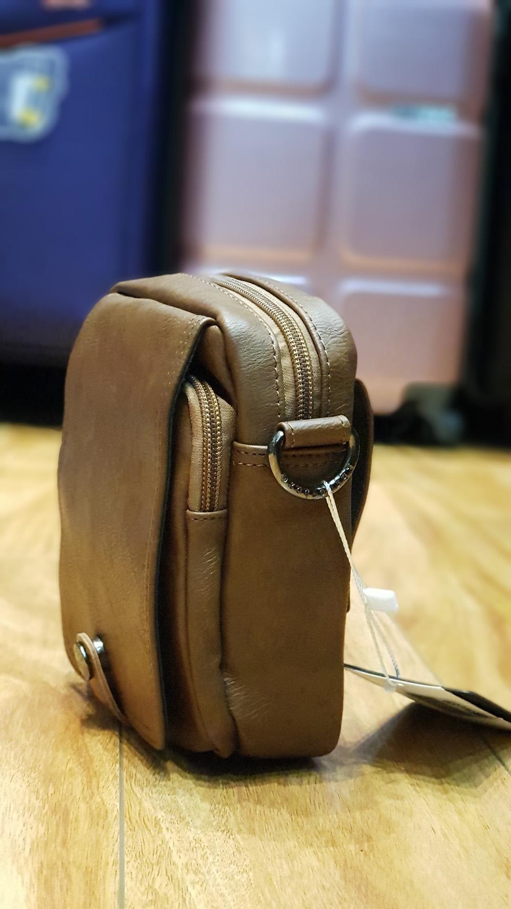 Túi Đeo chéo Three box 12 mini  năng động, tiện dụng đã cập bến 2