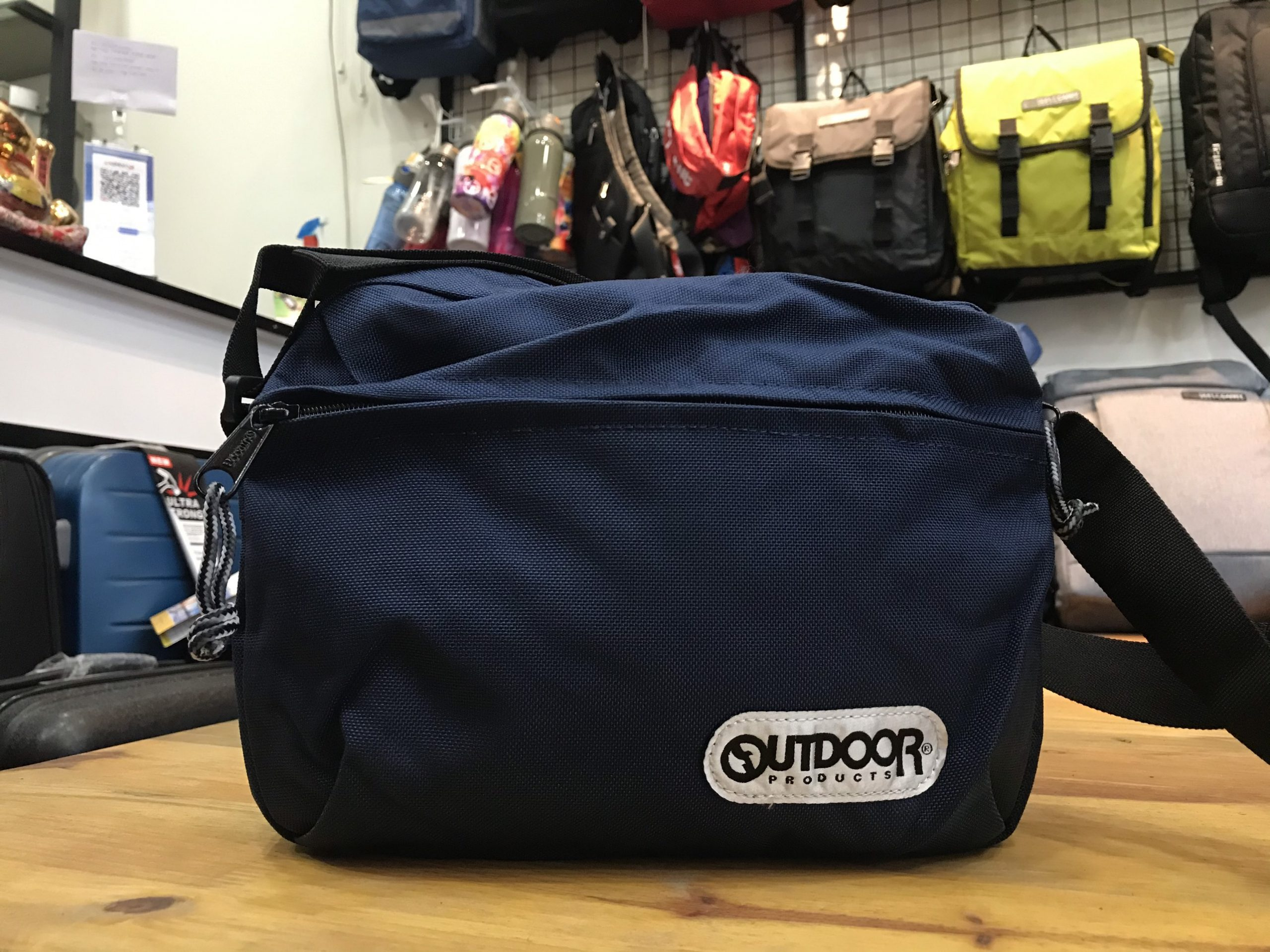 outdoor horizontal mini shoulder bag
