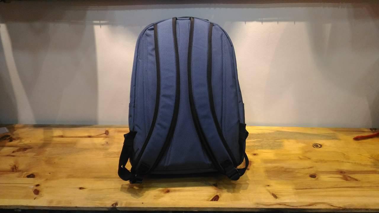 Balo laptop SimpleCarry B2B15 thời trang, hiện đại 5