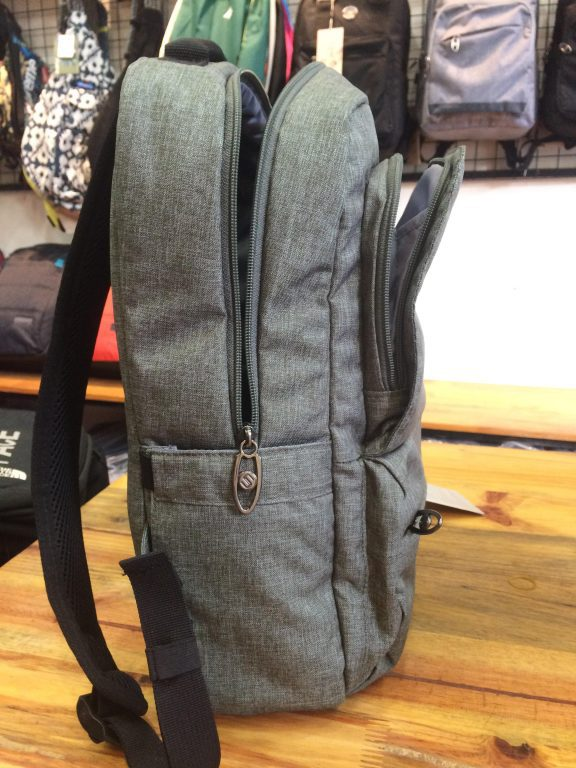 Balo laptop SimpleCarry Issac 5 - Trượt nước, chống thấm siêu tiện dụng 5