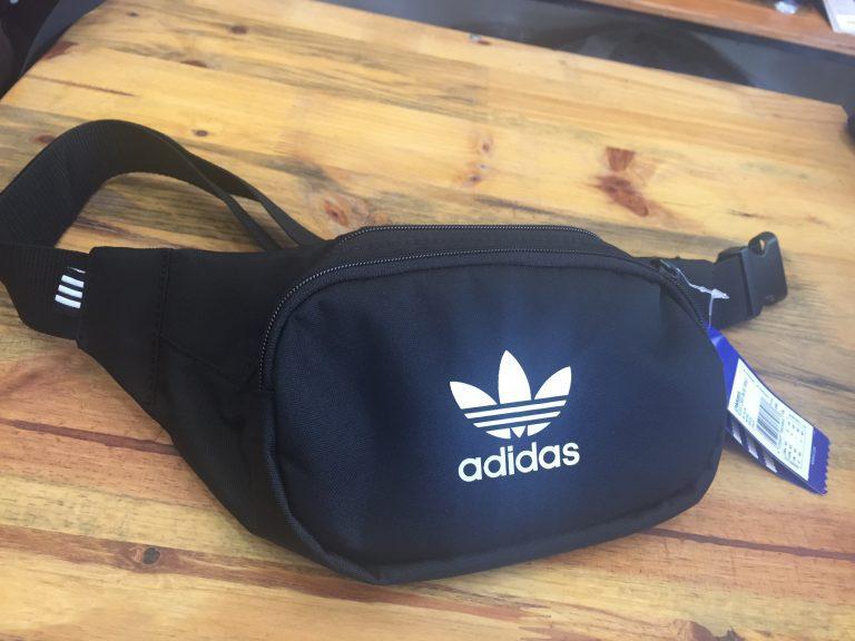 Túi đeo chéo bao tử Adidas DW8885 item khiến giới trẻ phát sốt 7