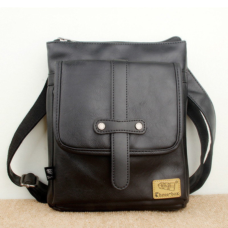 Túi đeo chéo da three-box 18 mã TD847 2