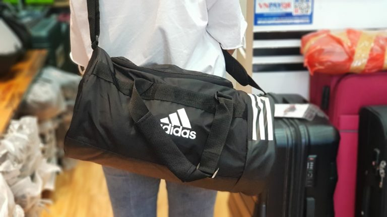 Túi xách Adidas - item hot hit không thể bỏ qua 7