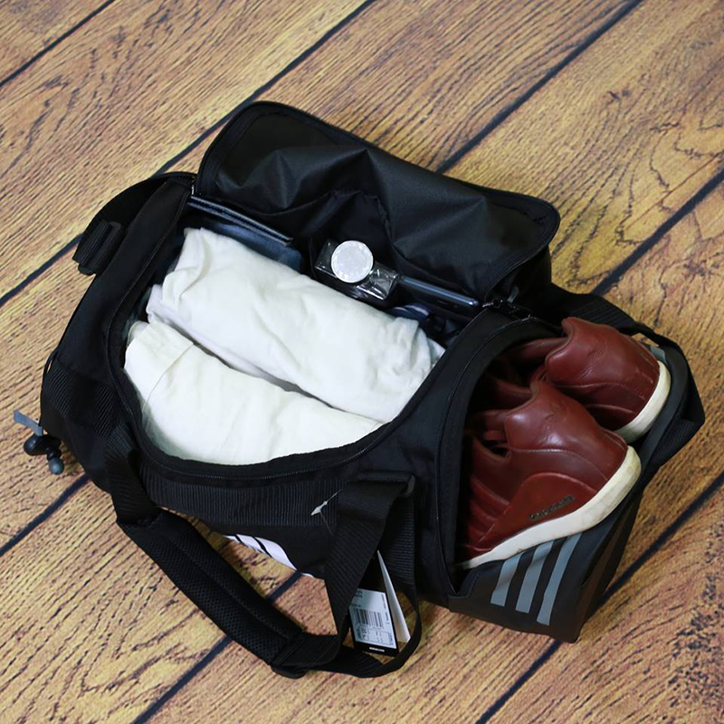 Túi xách Adidas - item hot hit không thể bỏ qua 3