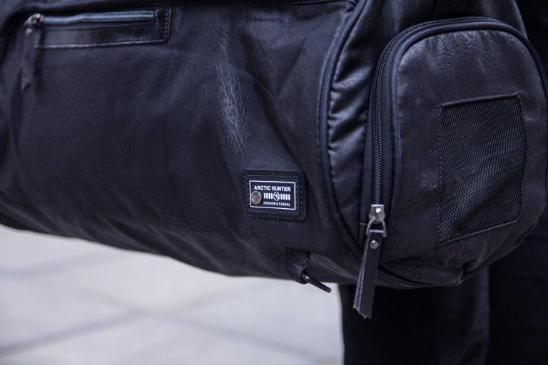 Bổ sung ngay item túi du lịch thời trang, sành điệu cho chuyến du lịch cuối năm nào 3