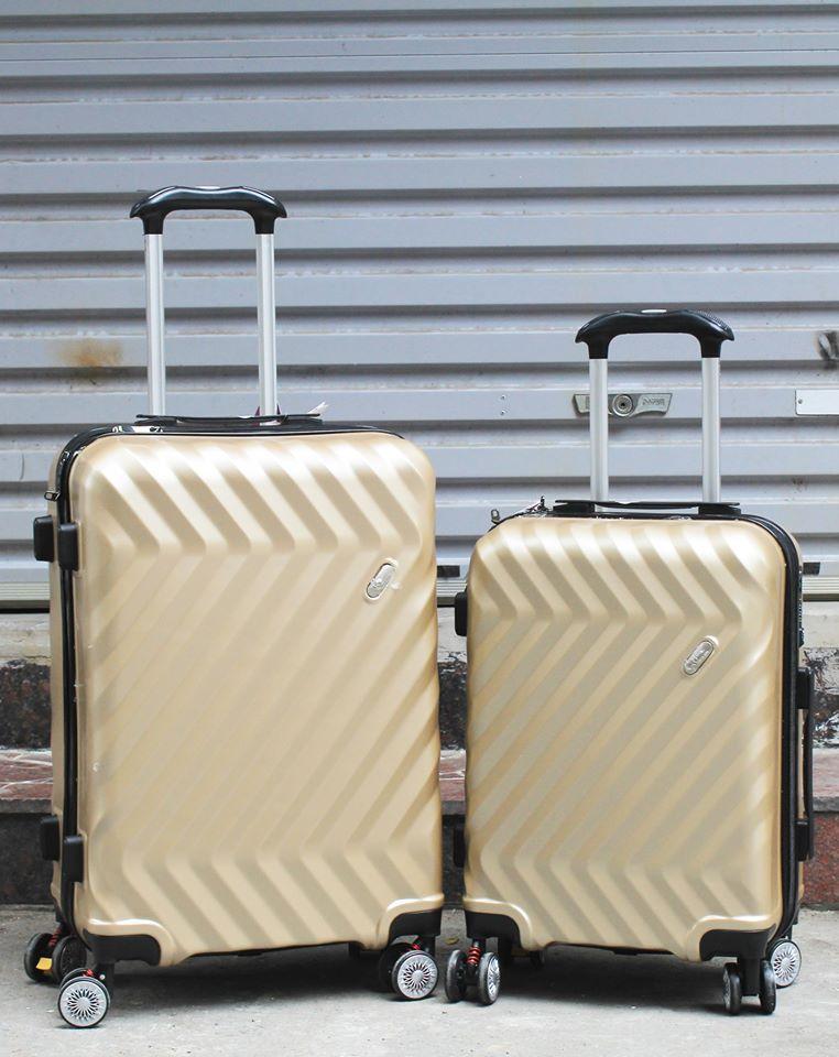 Vali kéo Travel King 911 phụ kiện cần thiết cho chuyến du lịch hè 4