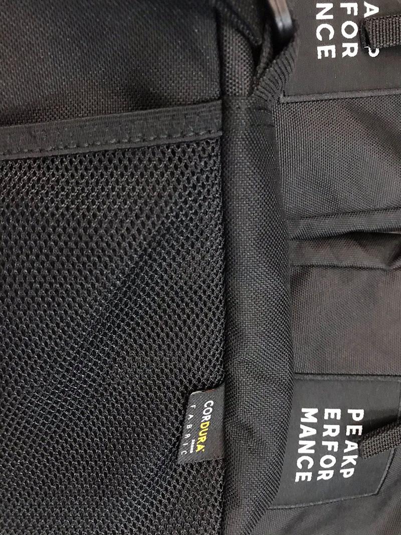 Túi đeo chéo nhỏ Peak Performance Andy Bag Mã TN929 11