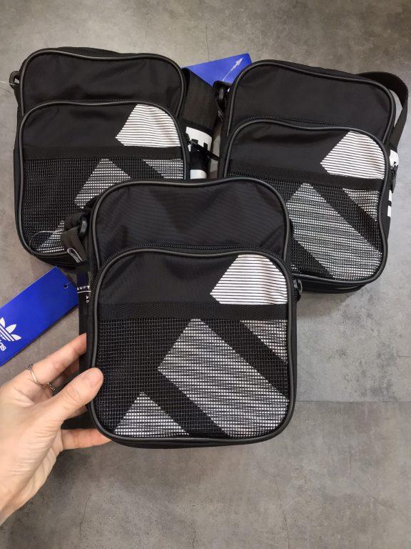 3 mẫu túi đeo chéo Adidas gọn nhẹ, phụ kiện cần thiết mỗi khi ra phố 3