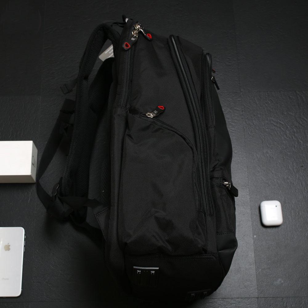 2 Sản phẩm balo laptop bán chạy nhất đầu năm 2021 4
