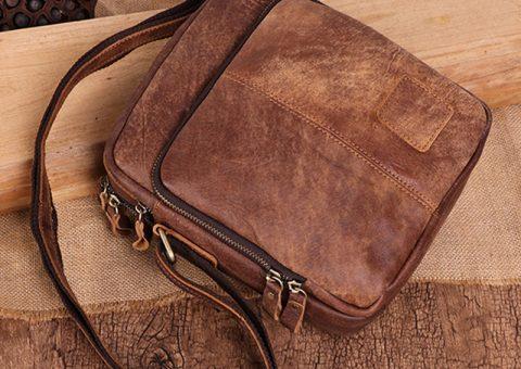Điểm mặt hai mẫu túi đeo chéo hot hit mới lên kệ nhà balotot.com 11